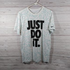🎉 The Nike tee athletic fit shirt JUST DO IT